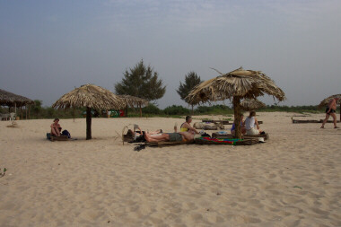 Sanyang Beach Bar