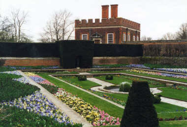 Hampton Court Palace - The Gardens