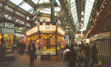 Kirkgate Market (at Christmas)