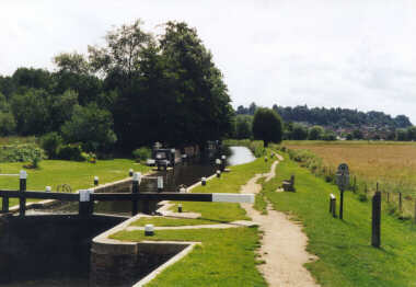 Farncombe - Near the boathouse - One of the many locks along the canal operated by hand