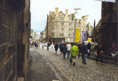 The Royal Mile (near the castle)
